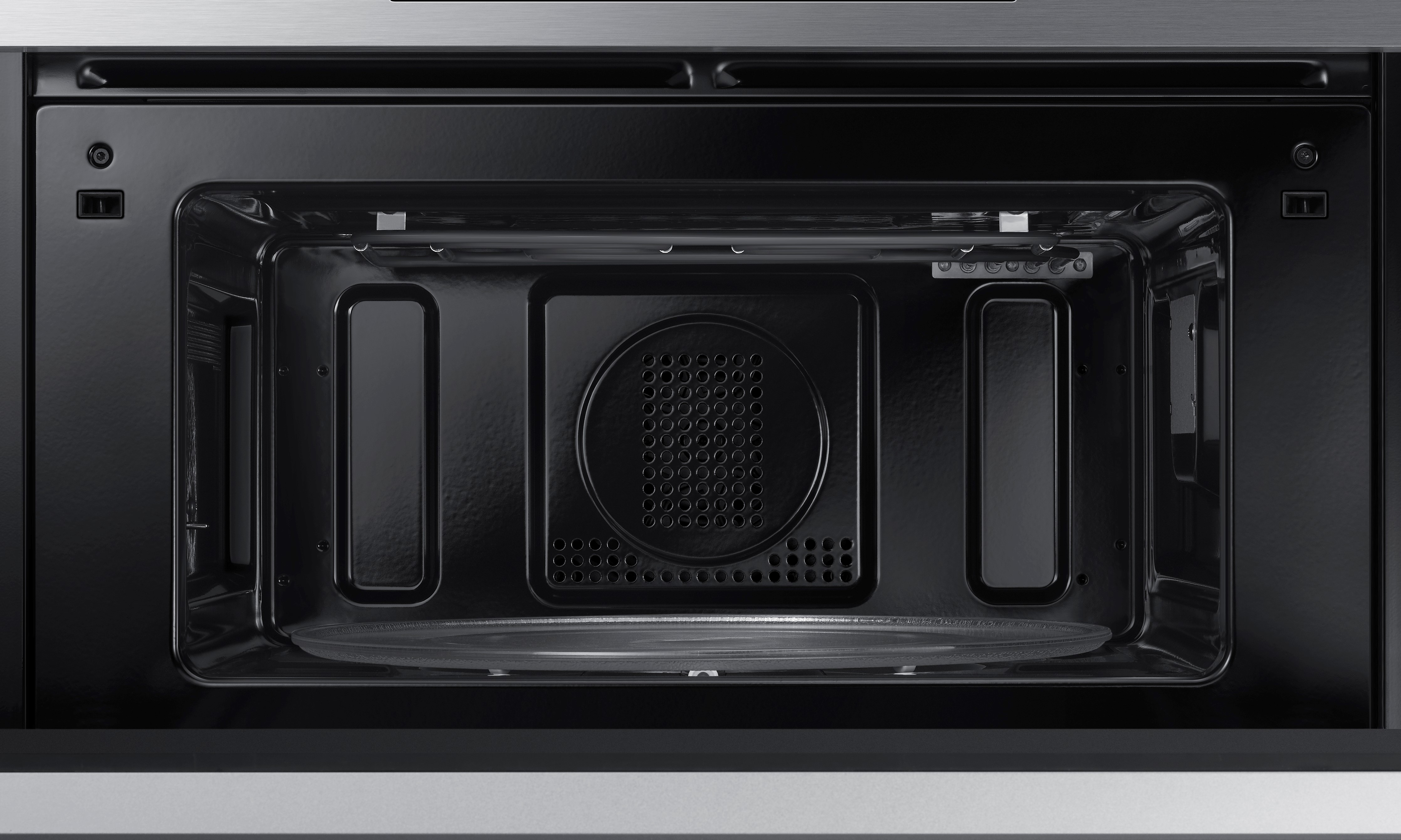 Convection Speed Oven Versatility